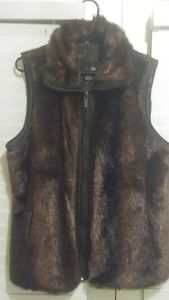 East 5th Faux fur jacket vest